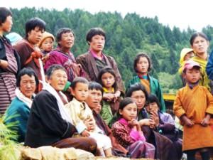 Visitantes al festival de Ura